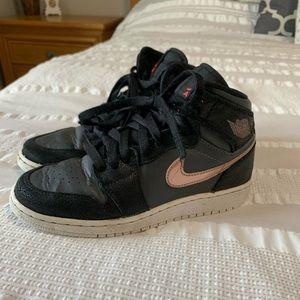 Air Jordan 1 Retro High Size 3.5 Youth